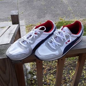 Puma Light Weight Shoes Size 8.5 Mens